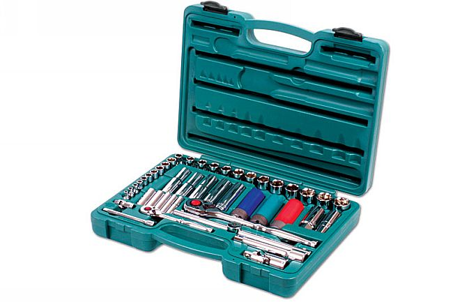 "Socket Set 1/2""D & 1/4""D 45pc"
