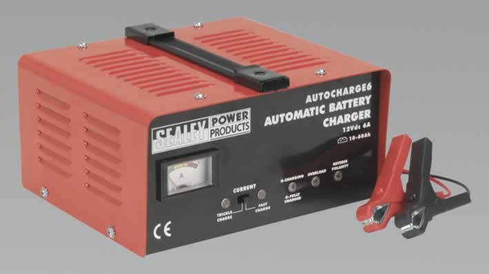 Battery Charger Electronic 6Amp 12V 230V   (AHA)