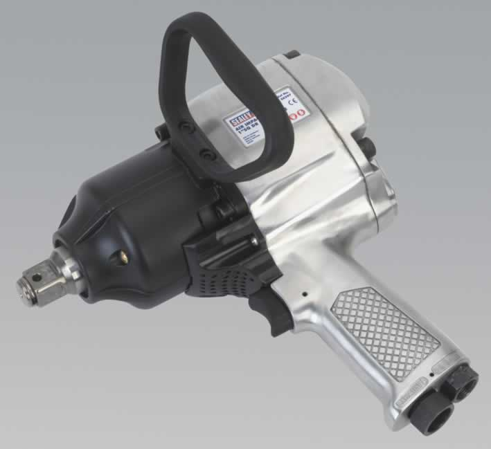 "Air Impact Wrench 1""Sq Drive Pistol Type     cc"