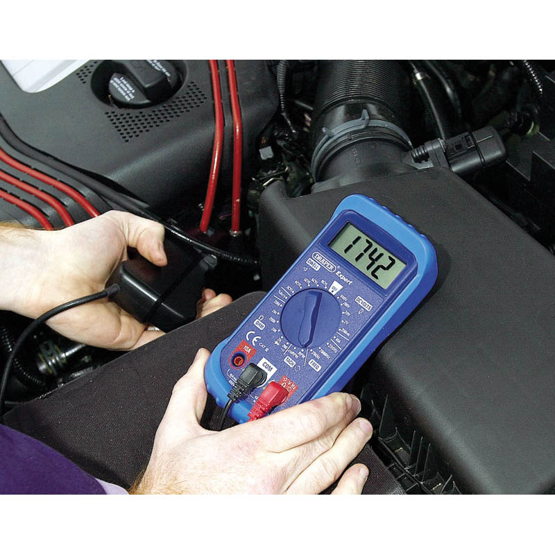 EXPERT DIGITAL AUTOMOTIVE ANALYSER WITH TILTING STAND AND RUBBE     (AH)R CASE