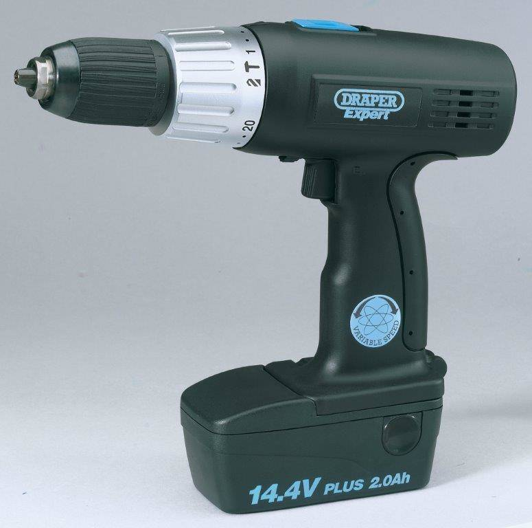 COMBI DRILL 14.4V WITH 2 BATTERIES   HAMMER  DRILL   (AHA)